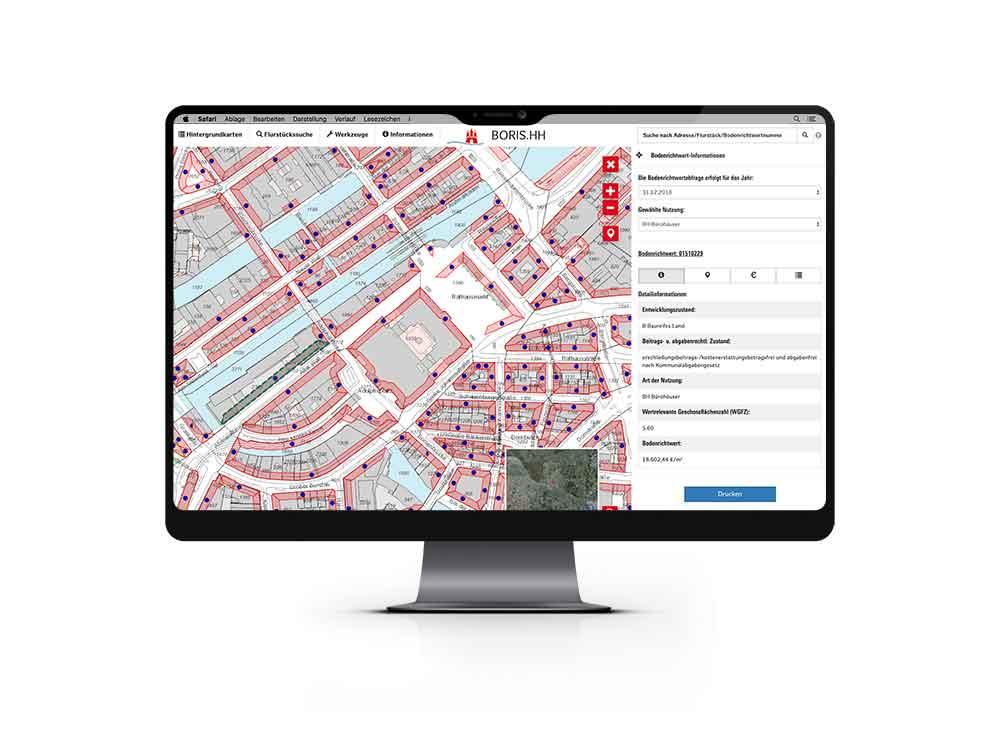 Computer zeigt das Bodenrichtwert-Online-Portal Boris.HH mit Bodenrichtwertkarte aus Hamburg